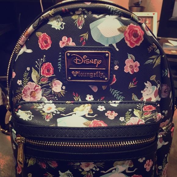NWT Disney Alice and Wonderland Backpack Purse 7c67f2bf384fc